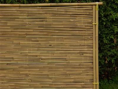 Bamboe tuinschermen van volle bamboe palen